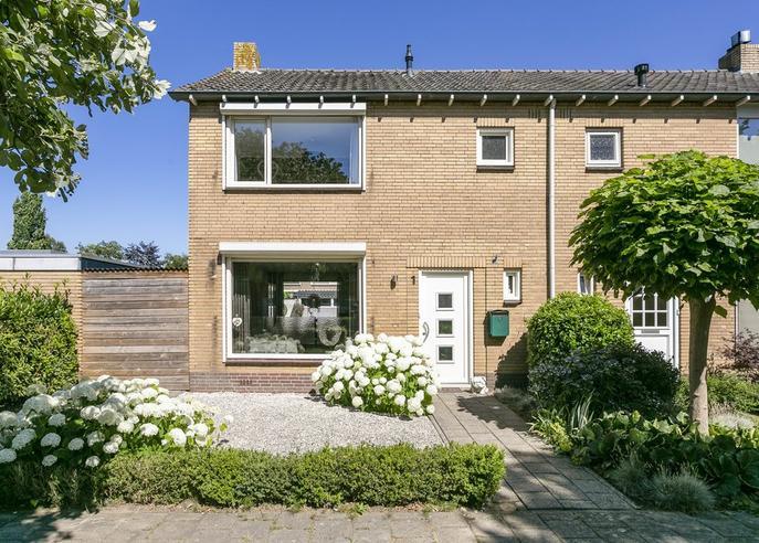 Jasmijnhof 1 in Waalwijk 5143 EC