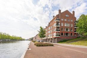 Mathenesserdijk 220 A in Rotterdam 3026 GL