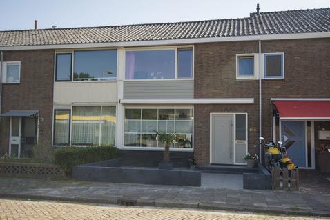Mr. Kesperweg 198 in Ridderkerk 2982 RT