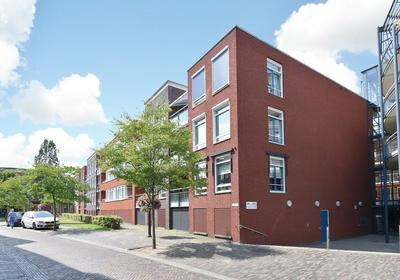 Dorpsstraat 159 in Nootdorp 2631 BX
