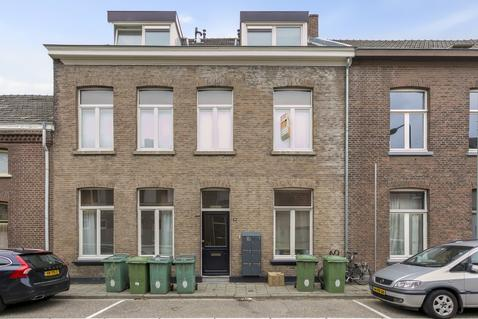 Heinsbergerweg 38 B in Roermond 6045 CH