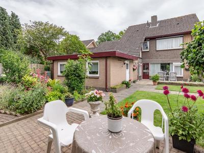 Hertog Eduardstraat 10 in Lobith 6915 XS