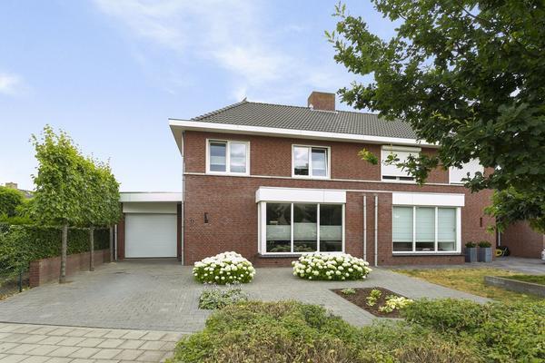 Hyacintenstraat 1 in Echt 6101 NL