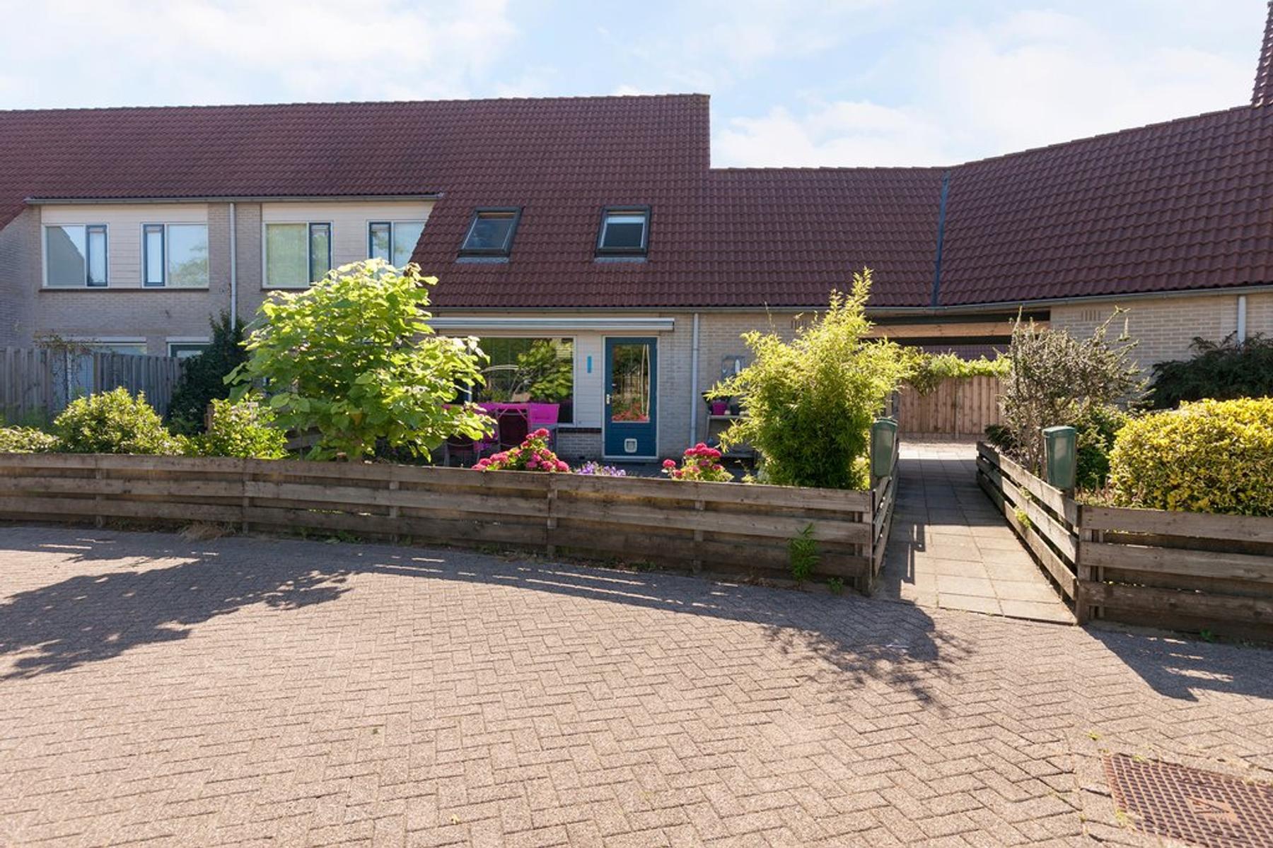 Elandveld 39 in Zwolle 8017 LL