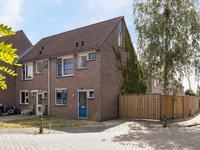 Twentehof 51 in Helmond 5709 KN