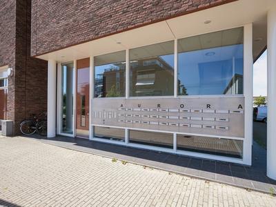Noordplein 53 in Roelofarendsveen 2371 DJ