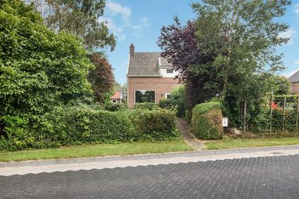 Dorpsstraat 32 in Haule 8432 PC
