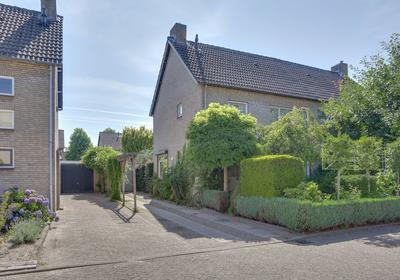 Clausstraat 8 in Rijsbergen 4891 XN