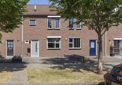 Spotvogelstraat 49 in Duiven 6921 KT