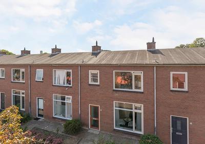 Ambrosius Bosschaertstraat 11 in Vlissingen 4383 SL