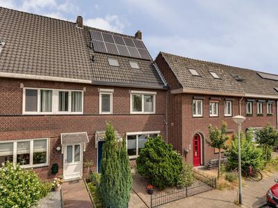 Bredeweg 69 in Roermond 6042 GC