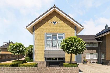 Amandelgaarde 28 in Hendrik-Ido-Ambacht 3344 RD