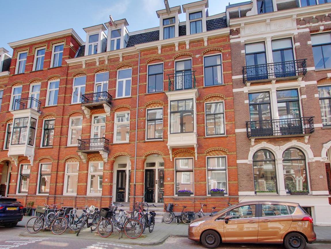 Van Eeghenstraat 49 B in Amsterdam 1071 EV