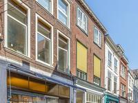 Papestraat 15 B in 'S-Gravenhage 2513 AV