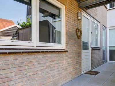 Peulenstraat-Zuid 80 in Hardinxveld-Giessendam 3371 AR