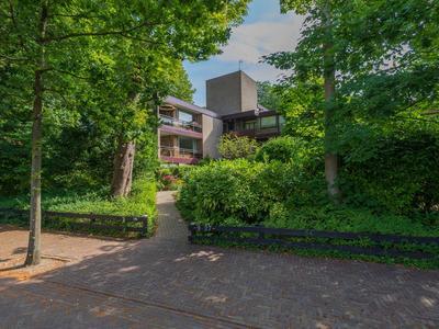 Nicolaas Beetslaan 19 in Aerdenhout 2111 AV