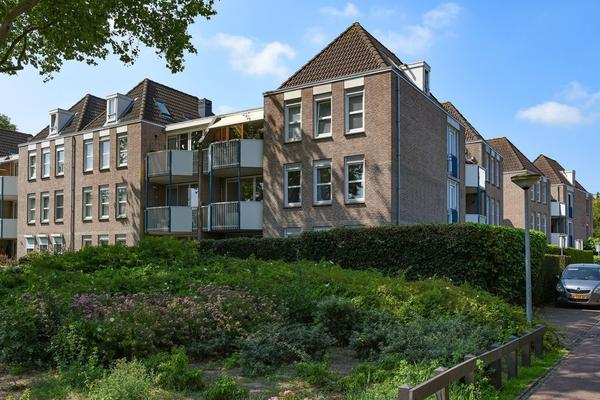 Jan Van Brakelstraat 27 in Huizen 1271 WE