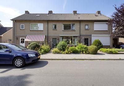 Klocklaan 22 in Oldebroek 8096 BX
