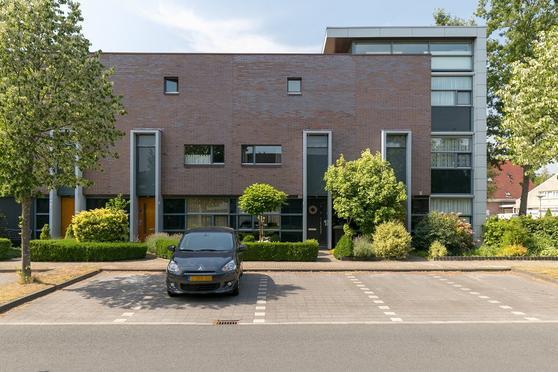 Esmarkelaan 428 in Enschede 7534 JX