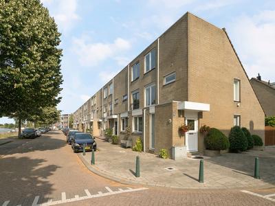 Zuiddiepje 28 in Rotterdam 3077 WH