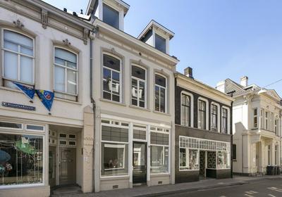 Nieuwlandstraat 15 in Tilburg 5038 SL
