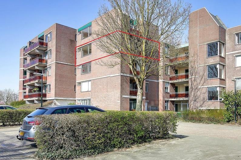 Houtsnijdershorst 116 in Apeldoorn 7328 VP