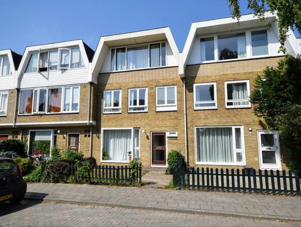 Gijsbrecht Van Amstellaan 19 in Amstelveen 1181 EJ