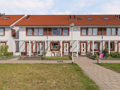 Louis Toeboschrode 30 in Zoetermeer 2717 GZ