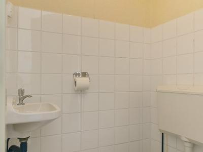 Binnenhof 16 in Roden 9301 RS