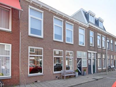 Burgemeester Van Der Werffstraat 45 in 'S-Gravenhage 2581 SE