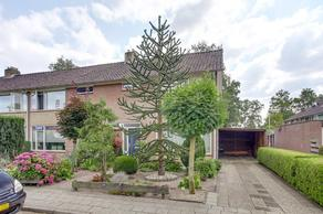 Hesselinkstraat 16 in Hardenberg 7771 WE