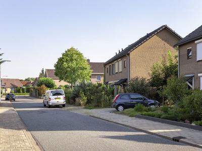 Irenestraat 11 in Angeren 6687 BM