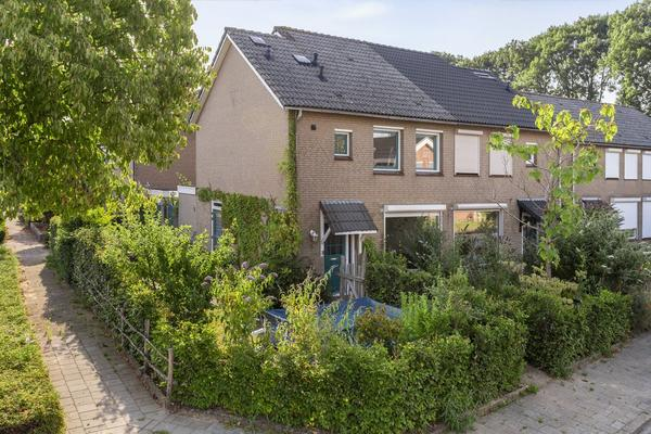 Irenestraat 11 in Angeren 6687 BM