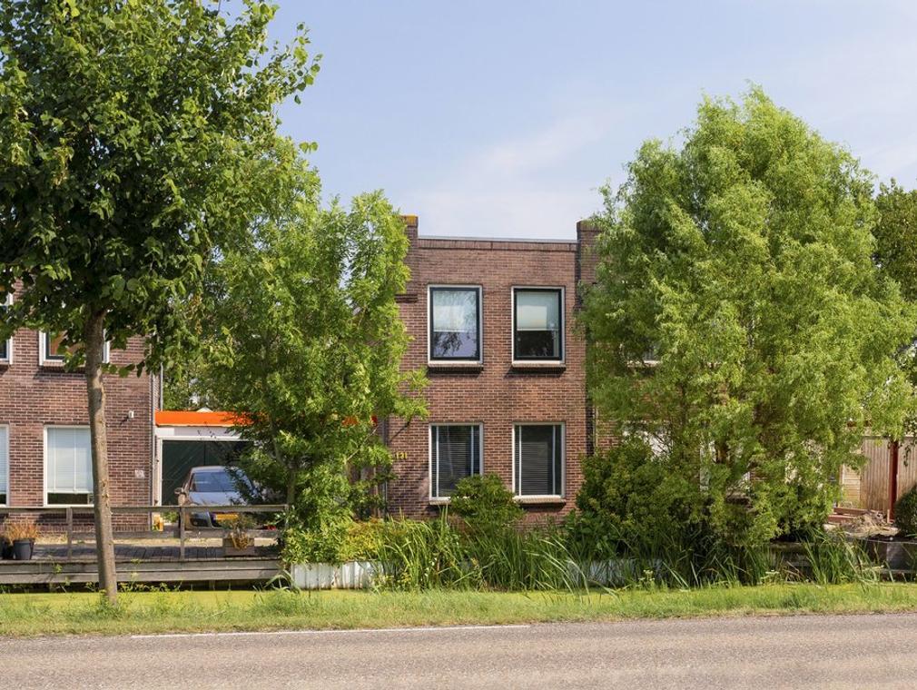Emmakade 131 in Bodegraven 2411 JH
