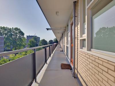 Middachtensingel 242 in Arnhem 6825 HW