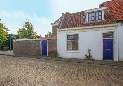 Broeckerstraat 1 in Oudewater 3421 BL