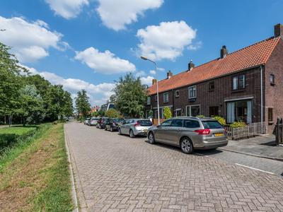 Dijkje 127 in Ridderkerk 2987 VJ