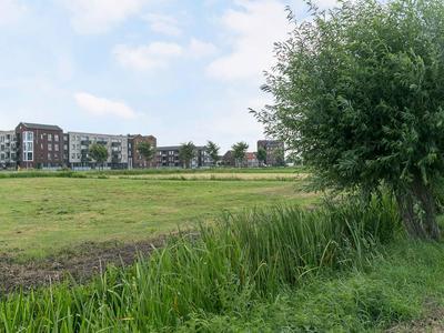 Paulus Potterstraat 50 in Bunschoten-Spakenburg 3751 VB