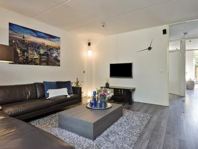Zuid Willemsvaart 244 in 'S-Hertogenbosch 5211 NW
