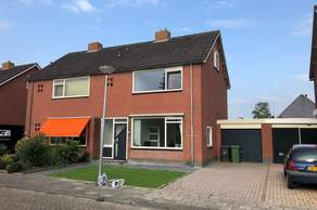 Albert Coendersstraat 27 in Aduard 9831 PH