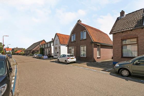 Gebroken Meeldijk 149 in Barendrecht 2991 CG