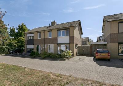 Gemetstraat 27 in Sint Odilienberg 6077 GS
