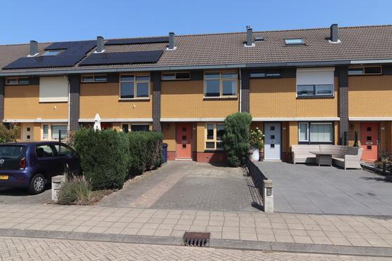 Francois Valentijnstraat 94 in Almere 1335 RH