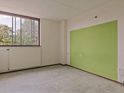 Karveel 15 83 in Lelystad 8231 AW