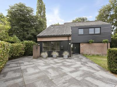 Schweitzerlaan 2 in Eindhoven 5644 DL