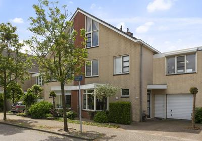 Rosa Spierstraat 185 in Hoofddorp 2135 TS