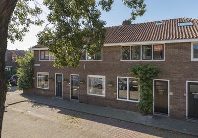 Van Eeghenstraat 10 in Alphen Aan Den Rijn 2406 TK