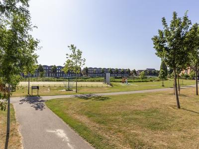 Noordhavenpoort 12 in Nieuw-Vennep 2152 HB