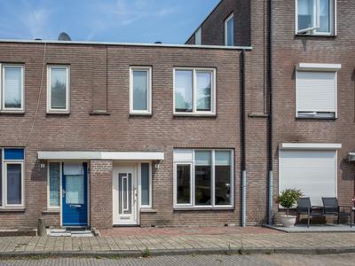 Pieternel Koomansstraat 4 in Breda 4822 WB