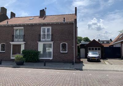Loeffstraat 8 in Waalwijk 5142 ER